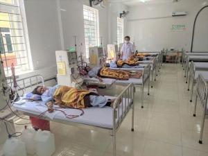 Tặng máy chạy thận cho đơn nguyên thận nhân tạo tuyến huyện đầu tiên tại Nghệ An