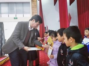 10.000 suất học bổng Vingroup và hành trình thầm lặng tiếp sức những tấm gương nghèo hiếu học