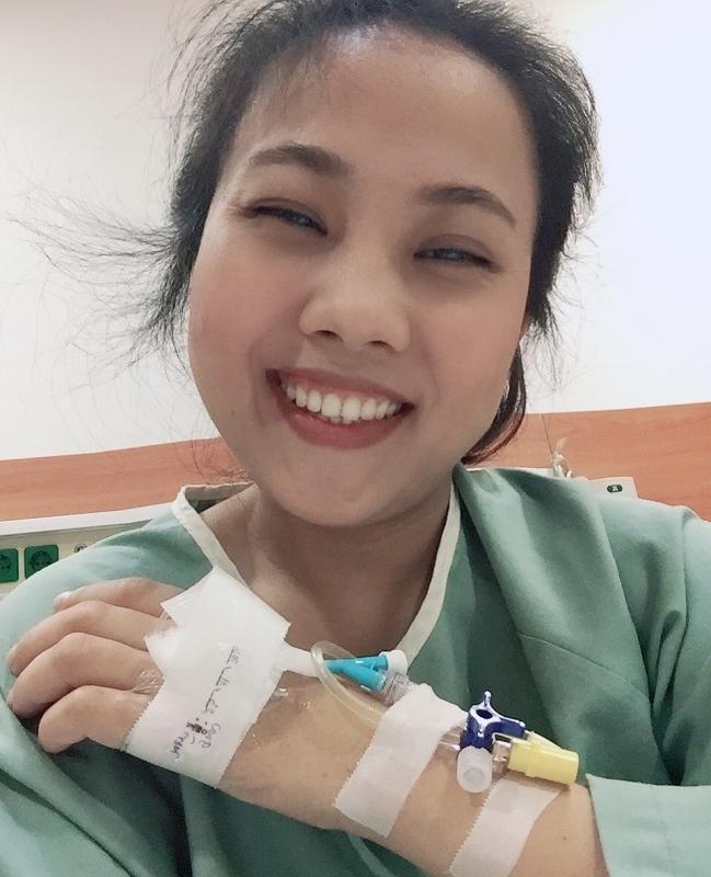 Cô gái nghèo gửi thư mong cứu lấy bàn tay đôi chân bị liệt và lời hồi đáp diệu kỳ